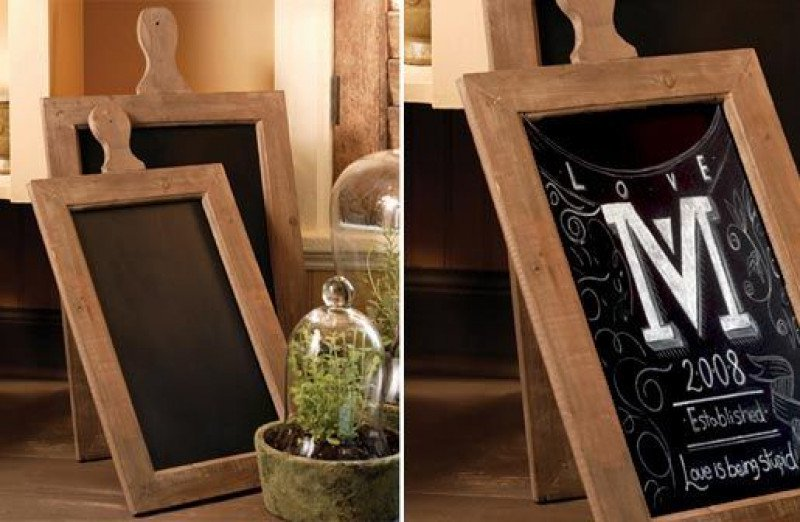 rustic paddle shaped chalkboards