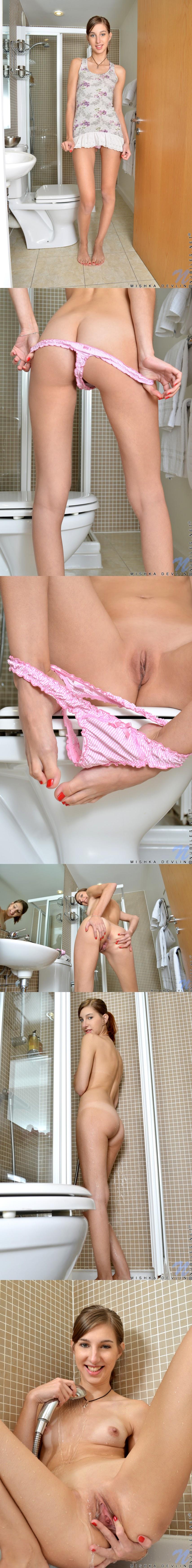 Nubiles.net  2013-02-28 Ksenija Ready To Touch HerselfReal Street Angels