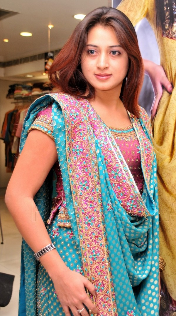 bollywood actress dresses cool umair indian clothes posted