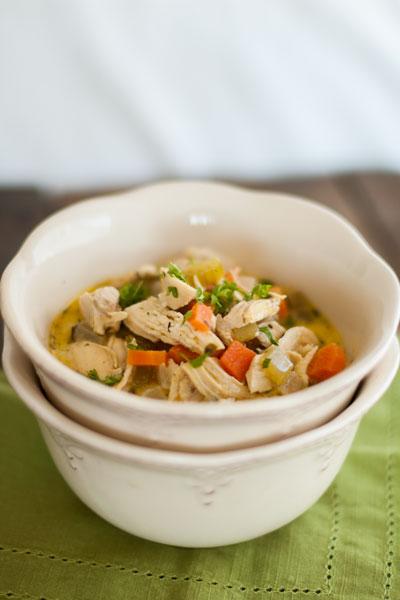 chicken vegetable soup, gluten free chicken vegetable soup, gluten free soups, hearty soups, vegetable soups, chicken soups, vegetables, poultry, a dash of delish, a dash of delish soups,