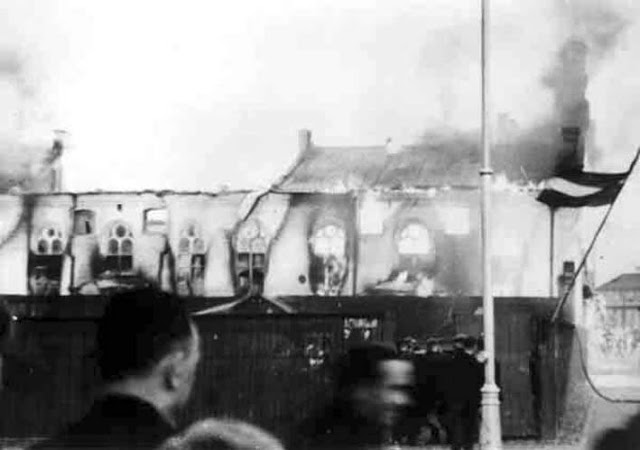 July 4, 1941. Riga. The Great Choral Synagogue is on fire.