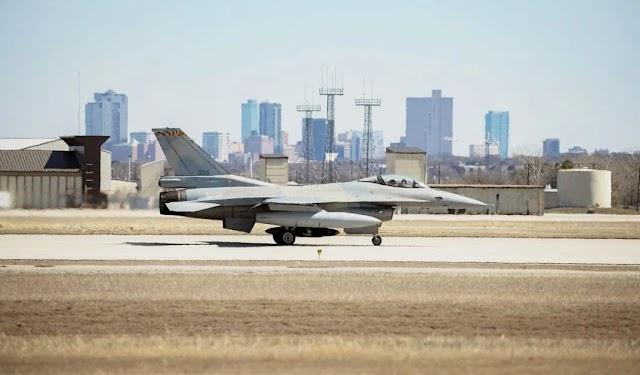 «Ρελάνς» της Τουρκίας με 40 μαχητικά F-16 Viper