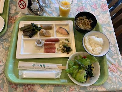 丸駒温泉旅館 バイキング朝食