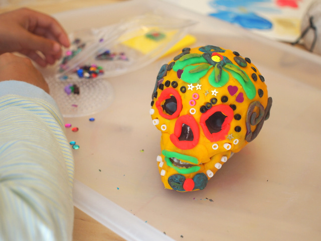 day of the dead play doh sugar skull kids craft activityDay of the Dead Crafts and Activities for Kids featured by top Seattle lifestyle blogger, Marcie in Mommyland: