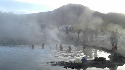 ¿no es agradable bañarse en agua a 35 grados cuando estamos a bajo cero fuera?
