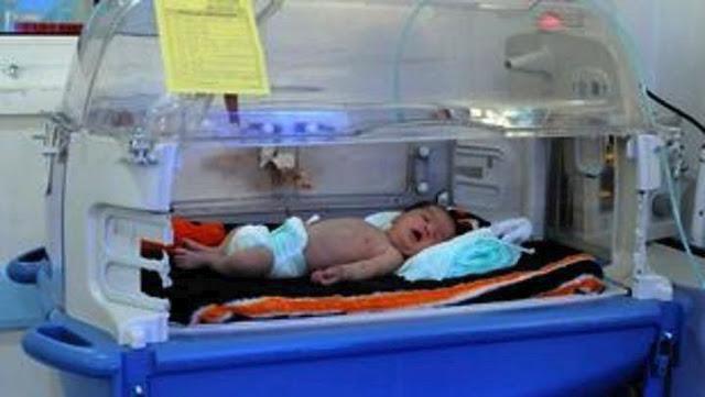 Απίστευτο: Γεννήθηκε αγοράκι τέσσερα χρόνια μετά τον θάνατο των γονέων του σε τροχαίο
