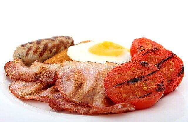 هل البروتينات الغذائية مفيدة أم ضارة؟