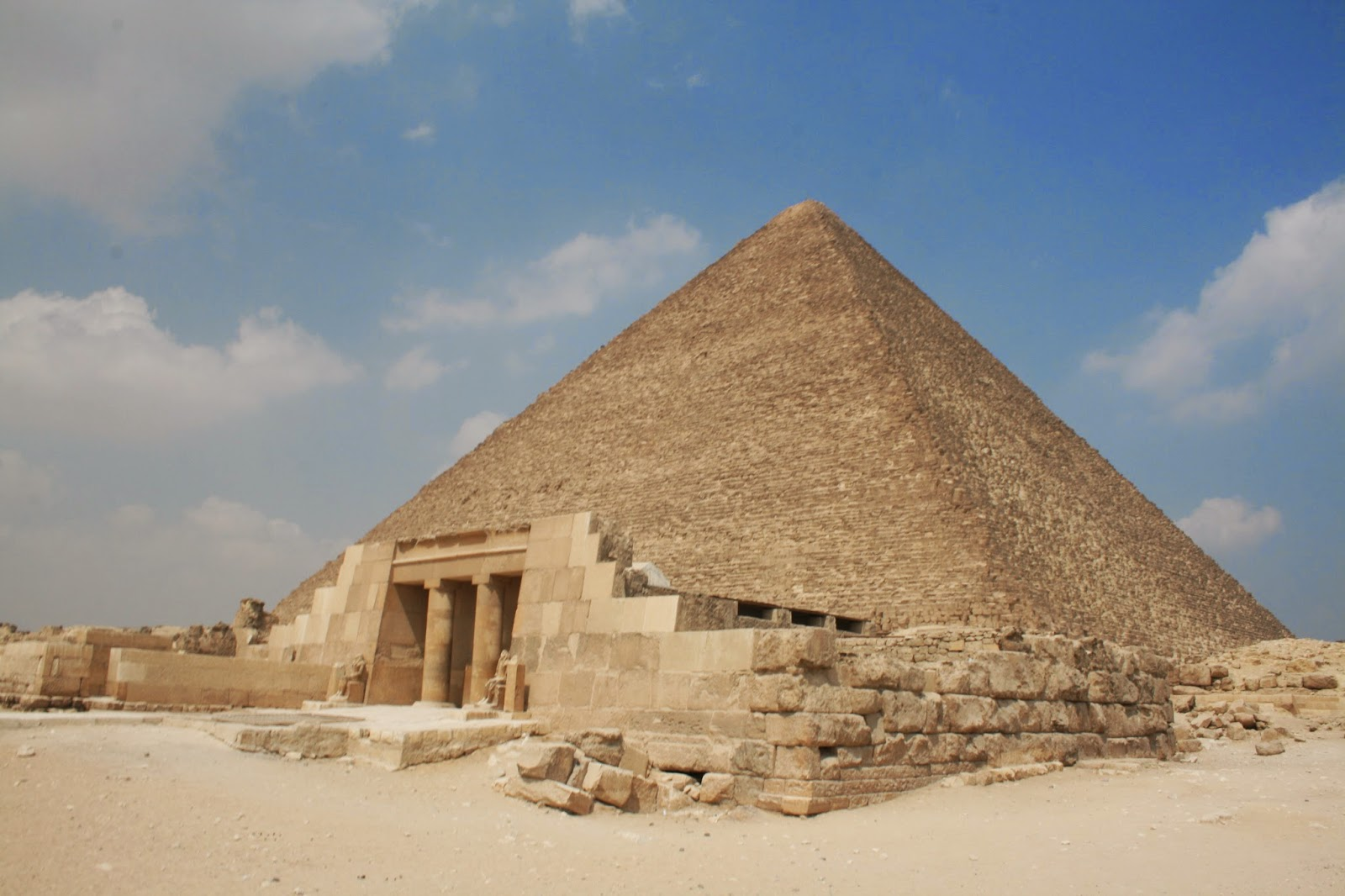 Pyramid of Giza, Egypt - Tourist Destinations
