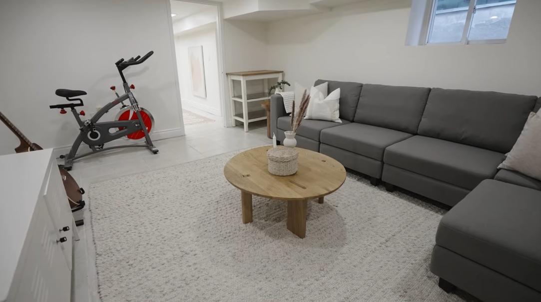 39 Interior Design Photos vs. 104 Lansdowne Ave, Toronto, ON Home Tour