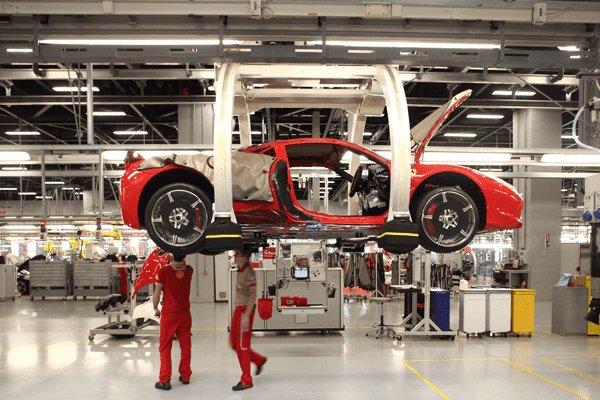 Sektor automotif dibenarkan kembali beroperasi sepanjang musim PKP