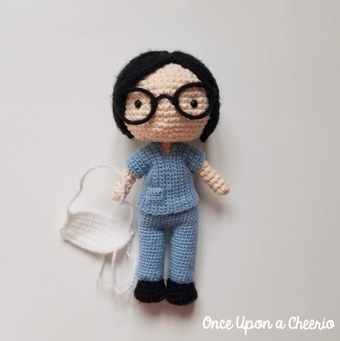 Nurses' Week Healthcare Hero FREE Amigurumi Crochet Pattern