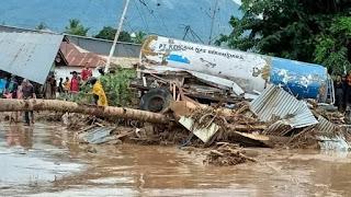 Banjir bandang dan tanah longsor NTT