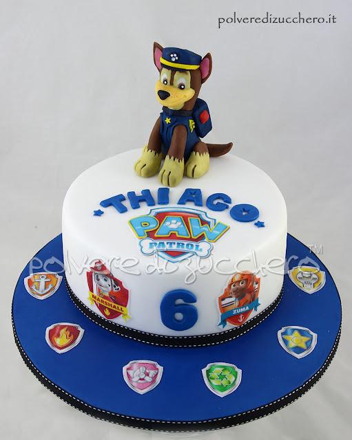 paw patrol chase torta decorata modelling cake design pasta di zucchero polvere di zucchero