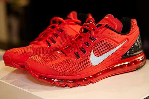 fc3d14ad772 Ténis Para Corrida Nike Air Max 2013 Masculino