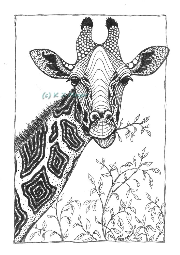 06-Giraffe-Kristin-Moger-Animal-Portraits-Dressed-with-Zentangle-Textures-www-designstack-co