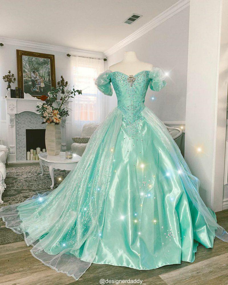 Vestidos das Princesas da Disney para Mulheres Reais