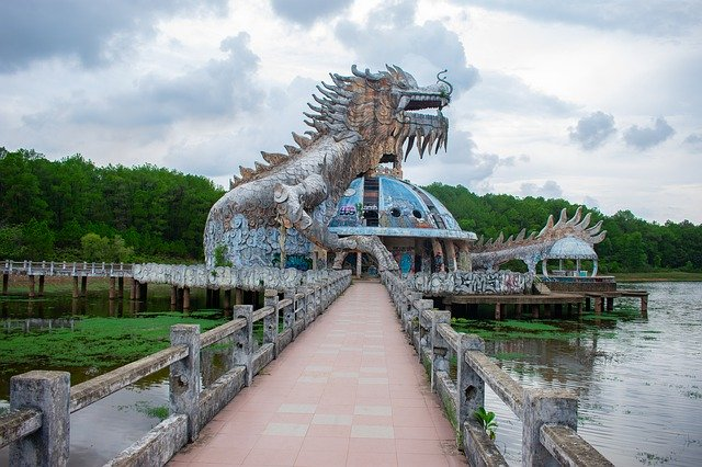 Best Tourist Destinations, Must to visit, Top-rated tourist attractions, Holidays, Travel, Tour, tourism, Camping, Claiming, Hill, Hitchhiking, Solo travel, Solo tour, 13 Best Places to see in Vietnam 2021, Hue,