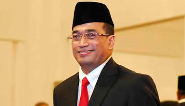 Menteri Perhubungan (Menhub) Budi Karya Sumadi Positif Virus Korona