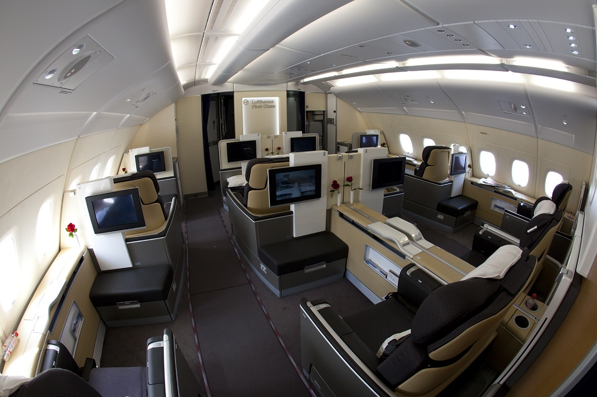 a380 lufthansa first class cabin interior aeronef net. Black Bedroom Furniture Sets. Home Design Ideas