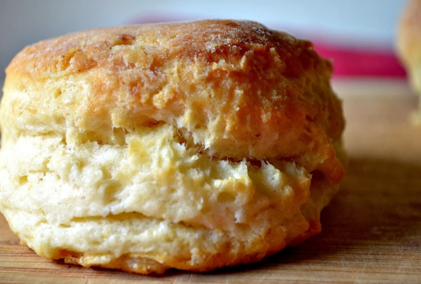 Perfectly Fluffy Vegan Biscuits #vegan #vegetarian #easy #recipes #healthy