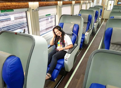 Naik Kereta Api dari Jakarta ke Solo