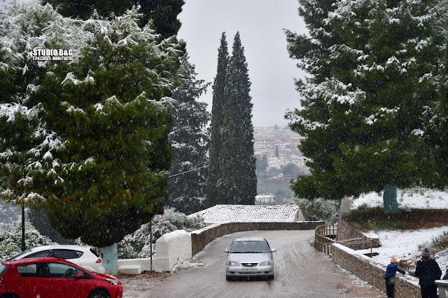 Φωτογραφικό οδοιπορικό στο χιονισμένο Ναύπλιο