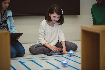 Swift Playgrounds 1.5 Mendukung Pemrograman Robot, Drone dan Mainan