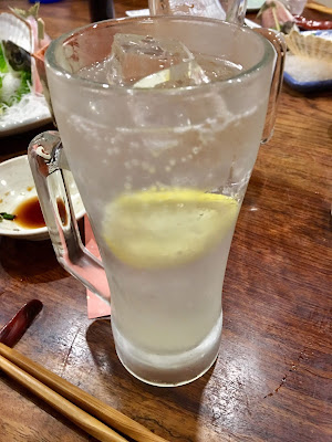 三軒茶屋にある海もぐらの瀬戸内レモンサワー