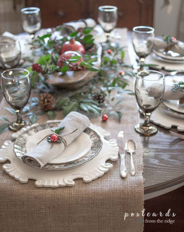 Christmas table with burlap runner and natural, rustic deccor