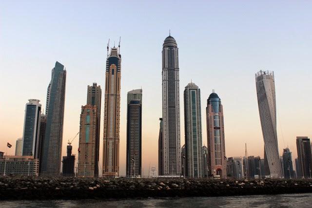 Vista de Dubai Marina desde el Golfo Pérsico