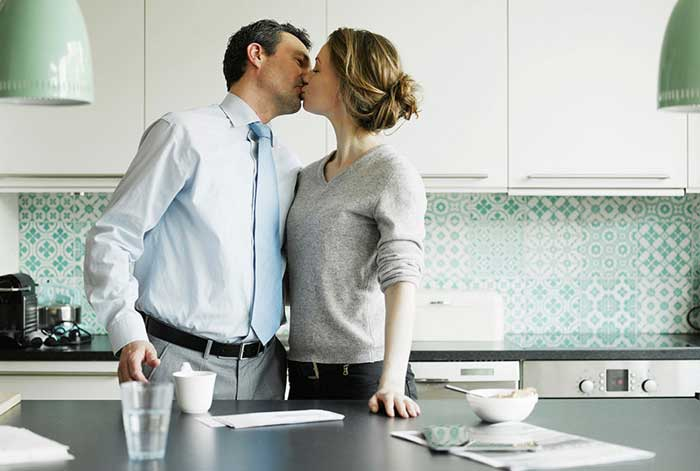 Men Who Kiss Their Wives