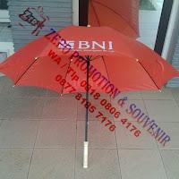Souvenir Payung Golf Sarung Plastik gagang kayu