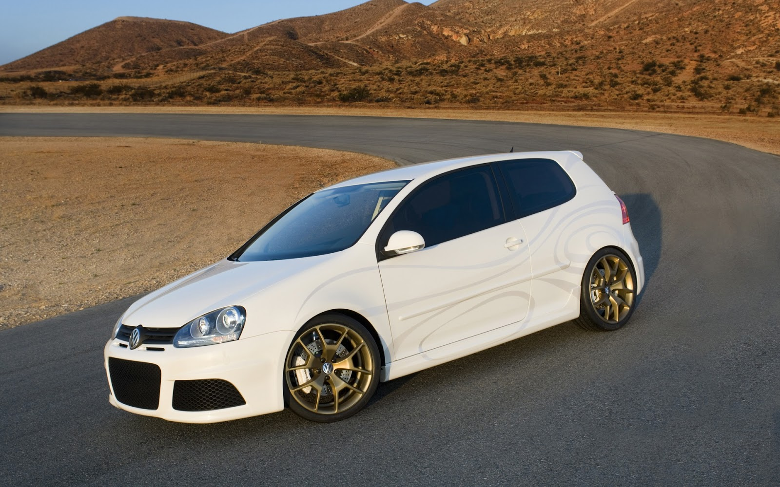 Nissan Of Shelby >> Auto Galeria: Biały Volkswagen golf 6 tuning