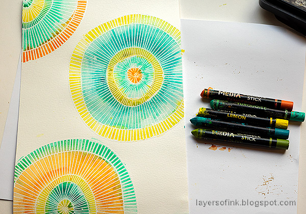 Layers of ink - Concentric Circles Art Journal Tutorial by Anna-Karin Evaldsson.