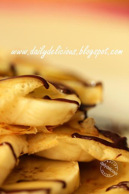 Banana Toffee And Pecan Cake