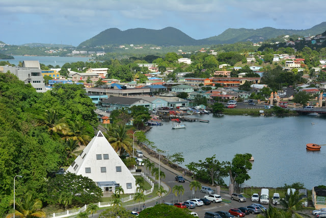 St. Lucia port Piramid