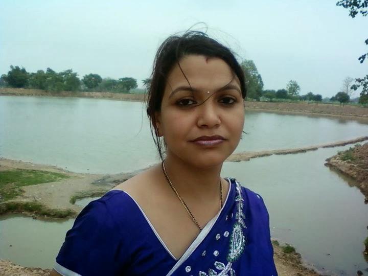 Anita Bhabhi Hot And Sexy Aunty Photos  Hot And Sexy-5859
