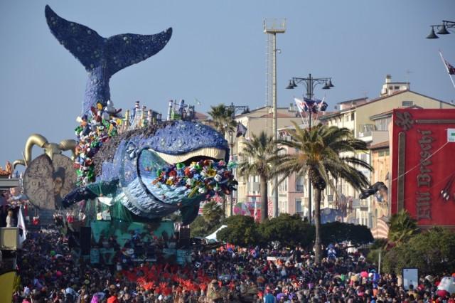 carnevale-di-viareggio-2020-poracci-in-viaggio