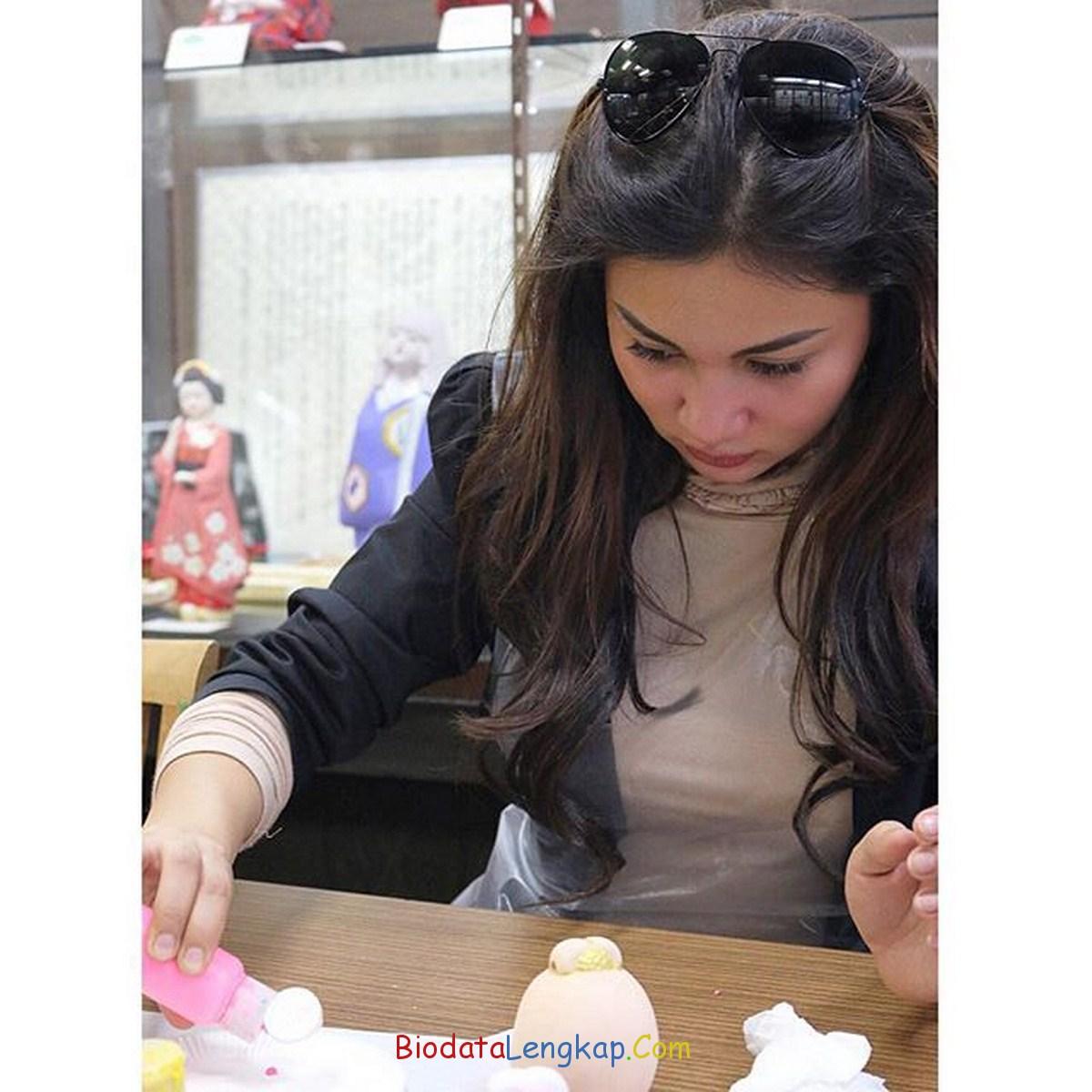 foto dan biodata lengkap ariel tatum news celebrity