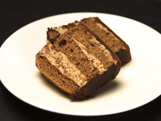 「萩チョコレートケーキ」の断面図の写真