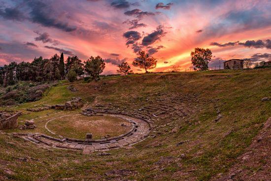 Εγκρίθηκε από το Κ.Α.Σ η μελέτη για το Αρχαίο Θέατρο Στράτου | Νέα ...