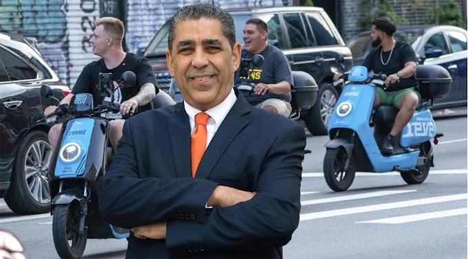 Espaillat logra que empresa de pasolas Revel suspenda operaciones en NY por muertes y lesiones en accidentes