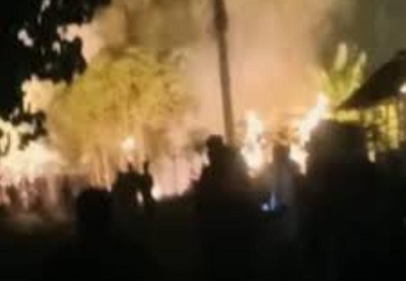 Dua Rumah Warga di Situbondo Ludes Terbakar setelah Penghuninya Tertidur dan Lupa Matikan Kompor
