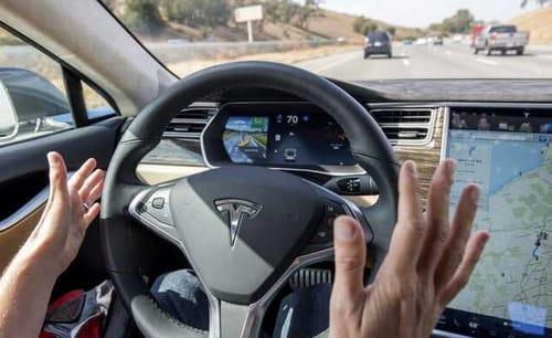 Musk criticizes Tesla's self-driving pilot project