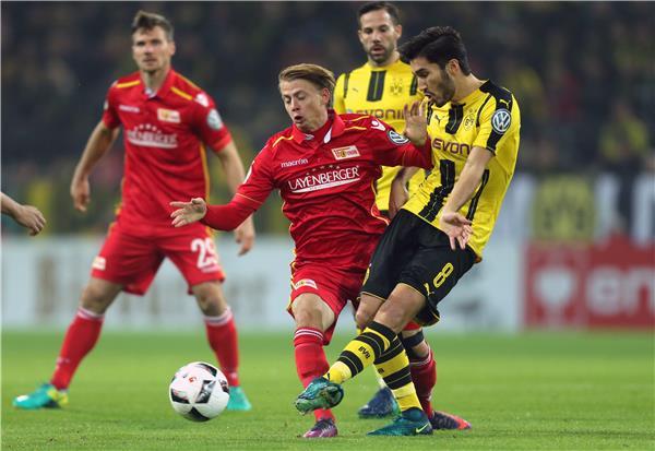 نتيجة مباراة بوروسيا دورتموند ويونيون برلين بتاريخ 31-08-2019 الدوري الالماني