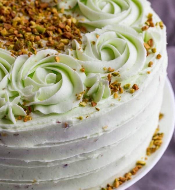 Vanilla Bean Pistachio Cake #cake #desserts