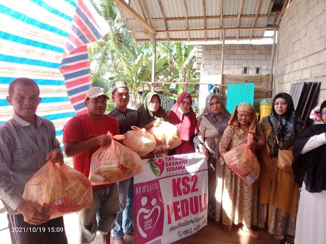 Bawakan Kebutuhan Pokok KS2 Kunjungi Korban Longsor di Masintan