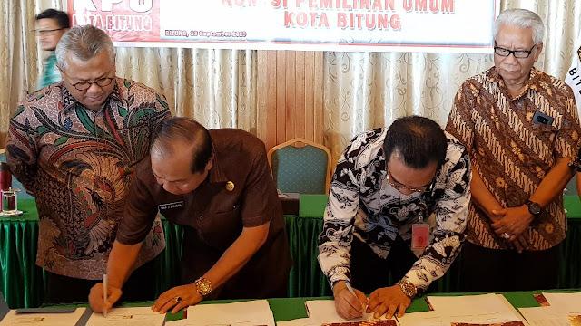 Ketua KPU RI Arief Budiman Hadiri Penandatanganan NPHD Oleh Pemkot Bitung bersama KPU Bitung Menuju Pilkada 2020