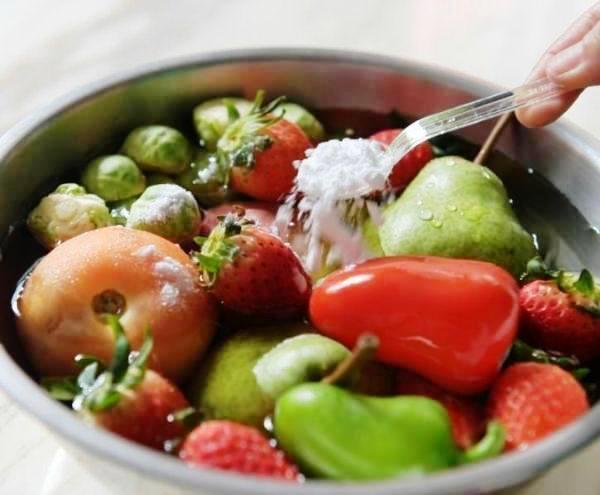Tips Mengurangi Pestisida dan Toksin Lainnya di Sayur Buah Anda