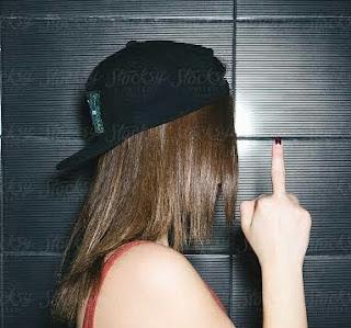 Middle finger hand gesture